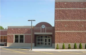 picture of MacKinnon Middle School